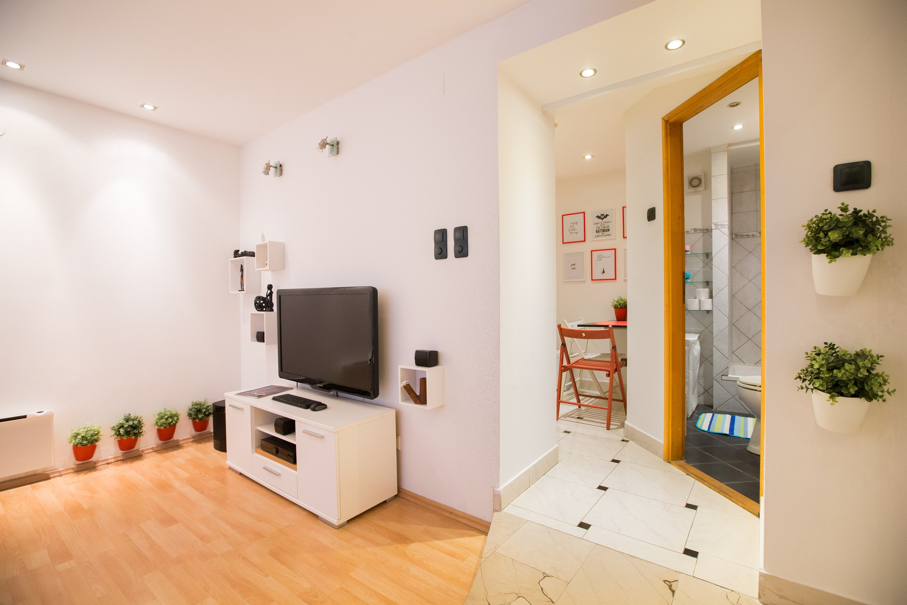eazZynight apartment Novakova | your bed in the heart of Zagreb
