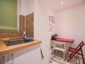 novakova eazzynight apartment zagreb kitchen
